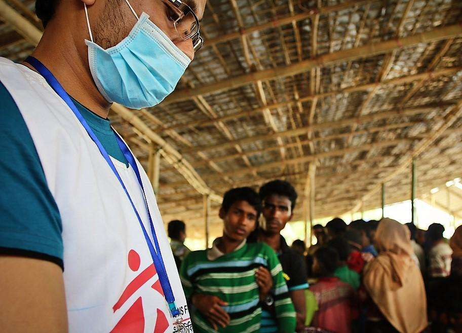 An MSF health worker at the entry point in Sabrang, where MSF runs a daily mobile clinic which provides health check-ups, general healthcare and nutritional screening for all new arrivals.