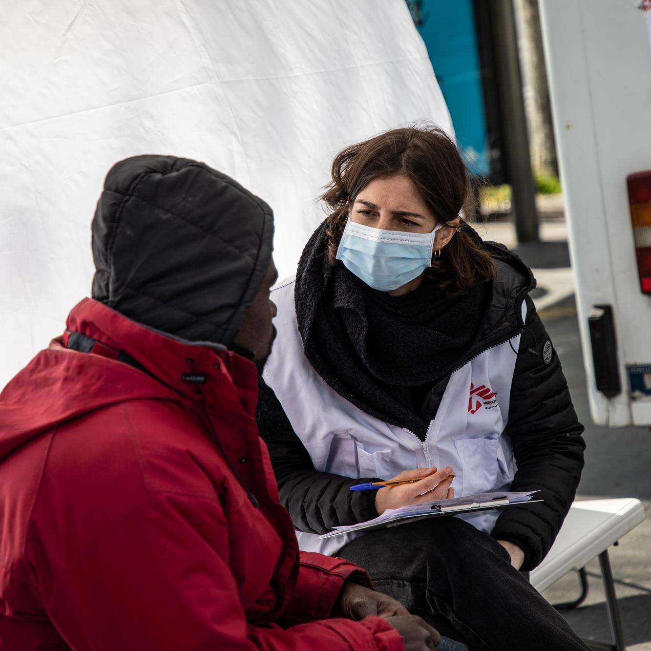 Coronavirus: MSF's mobile clinic for vulnerable groups