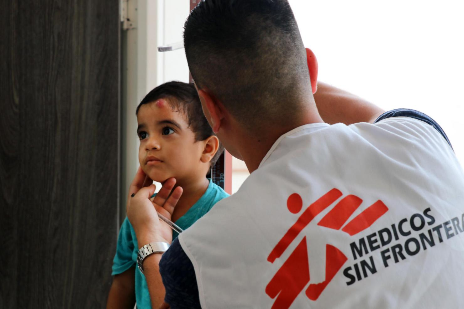 Medical needs of Venezuelan migrants overwhelm the capacity of the Colombian health system