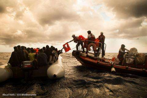 Rescue of a third rubber boat on Wednesday, November 1st.